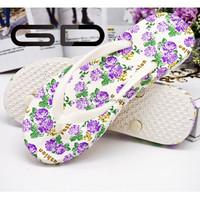2015 wholesale colorful beach women comfortable PVC flip flops