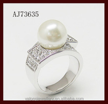Fashion beautiful elegant design pearl ring for anniversary