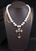 golden cross Frosted glass pearl necklace
