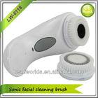 À prova de água de carregamento sem fio massagem facial escova