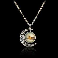 Art jewelry Gold Celestial Moon Horoscope Crescent Moon and Star Necklace