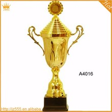 China Wholesale World Cup Soccer Gold Plated Metal Toy Trophy Cup
