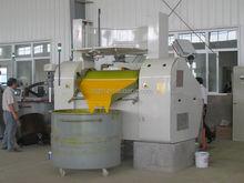 Hydraulic Three roll grinding mill