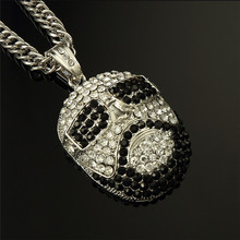 Yiwu Aceon stainless steel white and black stone poker face pendant