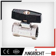 D108 female-female both direction air valve with black plastic handle