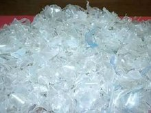 Pet flakes and other recycled plastics