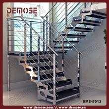 modelos de acero inoxidable escaleras en el interior de los diseños