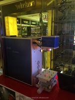 portable fiber laser engraver machine for budweiser beer in promotion activity