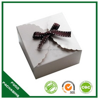 Contemporary new coming cake boxes uk