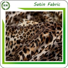 Hongway wholesale 100 polyester digital / screen floral printed satin fabric for evening dress/ wedding/ bedding/ scarf/ pajamas