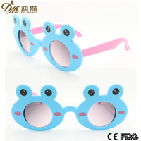 Frog shaped Cheap Plastic Sunglasses For Girls Children Toy Sunglasses Brand