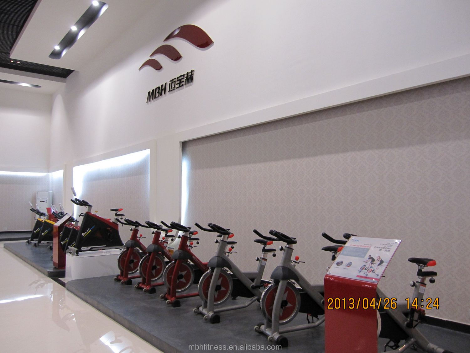 Latest Hot Sale High-end Exercise Spinning Bike M-5810