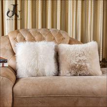 China Supplier Comfortable Sheep Wool Pillow Soft Lamb Fur Cushion