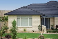 low cost curved heat insulation stone coated metal roof tiles