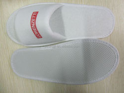 chinese velvet embroidered personalized hotel slippers /cheap wireless accessories