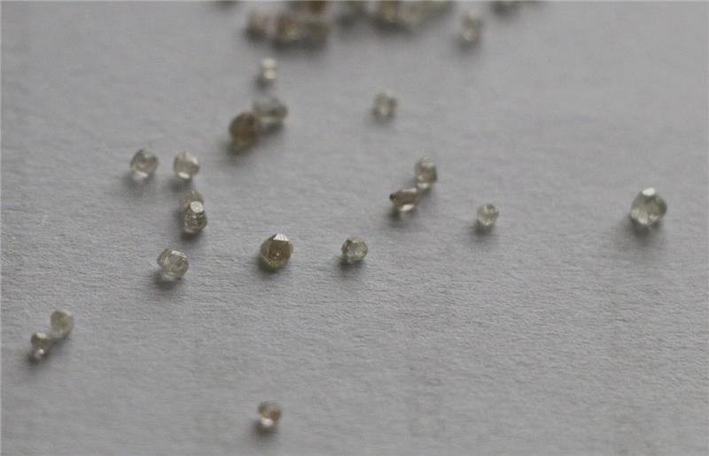 Завод cvd алмаза грубой hpht diamond машины cvd алмаза в индии надежным поставщиком