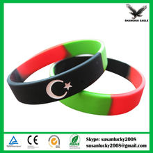 Most Welcomed Top Quality Logo Printed Soccer Silicone Wristband (directly from factory)