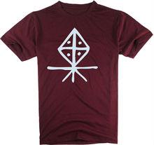 Novo modelo com padrão cortar e costurar t-shirt personalizada