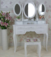 Wooden Dresser Table With Folding Mirror