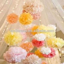 la fiesta de boda decoración de ducha un pañuelo de papel pom poms flor de bolas
