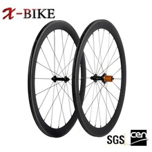 2014 new product high stiffness material 700c cycling carbon road wheels
