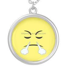 Alibaba New Product Zinc Alloy Rhodium Plated Round Anger Emoji Pendant Necklace