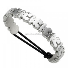 Cheap delicate design 316L stainless steel bears bangle for young people for wholesale