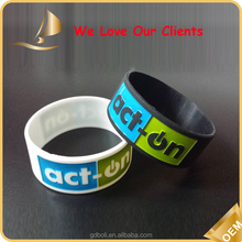 Cute promotional gift items for silicone wristbands /braccialetti in silicone