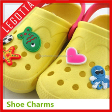 Fitting instruction qualified original wholesale latest gift items for crocs shoe charm