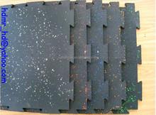 Rubber interlocking flooring mat
