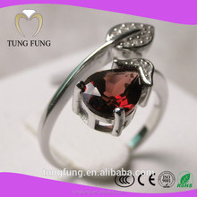 superior quality 925 silver natural garnet 925 sterling silver king and queen couple ring