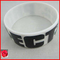 Embossed silicone wristbands custom uk,fat silicone rubber bracelets,jewelry box for wristbands gifts