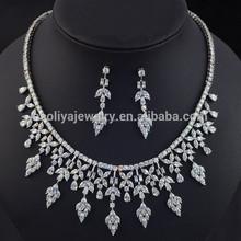 2015 nuevo producto blanco plateó la joyería set / joyería de la boda diseños