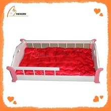 New design solid pink cute wood pet dog bed