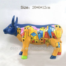 Beaitiful painting resin cow sculpture
