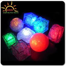 Custom Plastic Glow Ice Cube Led for bar and night club