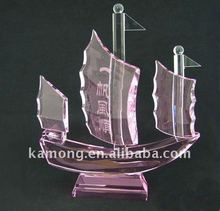 Optical Glass Pink Crystal Boats For Sovenir Gifts