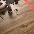 Sincronizado veia v- groove piso flutuante 12mm madeira cera para assoalho