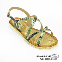 First Comfort Shoes Snakeskin Pattern Straw Women Falt Sandals