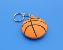 keychain basketball 3D rubber / promotional game keychain 3D pvc basketball