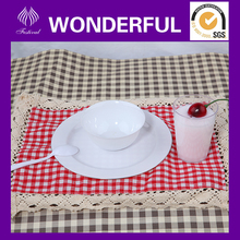 Elegant plastic party plates and cups