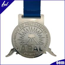 Fabricant fournir directement médaille de métal / médaillon pour sport réunion