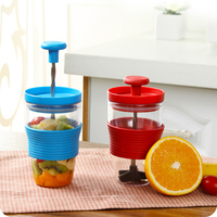New product 2016 wholesale kitchen items fruit shaker juicer manual fruits smoothie maker by hand