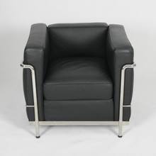 Modern furniture LC2 leather sofa with stainless leg LC2 chair manufacturer
