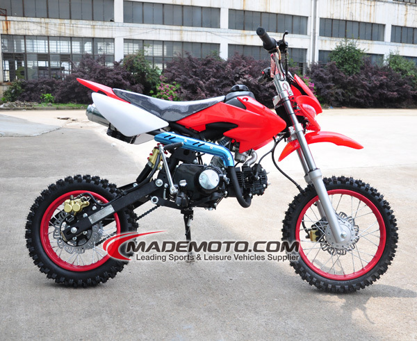 dirt bike right red.jpg
