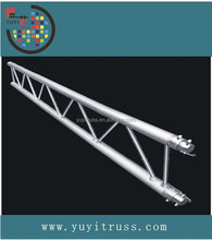 Ladder truss for outdoor event