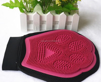 massage gloves for bathing pet dog and cat cleaning