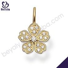 forma de flor con piedra de la cz turco al por mayor de joyas de oro plateado