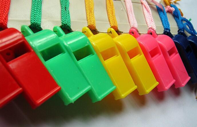 12 шт/много пластиковый свисток & талреп чрезвычайным выживание, вечеринки, игры