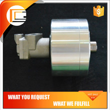 High speed solid rotating inflatable oil cylinder